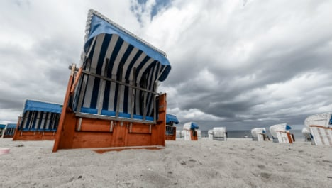 August temperatures dip to coldest level in 25 years