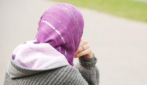 Mayor fires refugee project intern for wearing headscarf