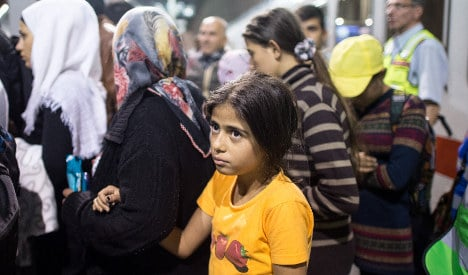 Germany to spend €20 billion on refugees in 2016: report
