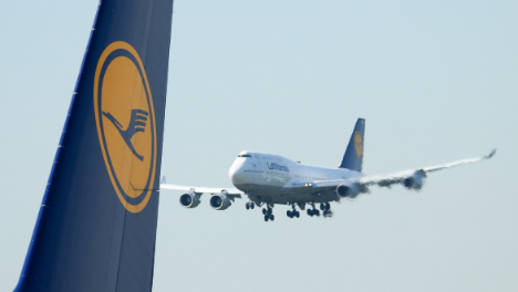 Lufthansa signs joint venture with Air China