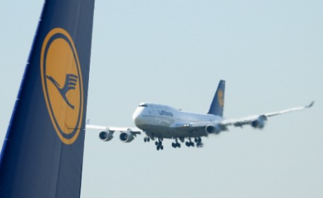 Lufthansa pilots call full-scale strike for Wednesday