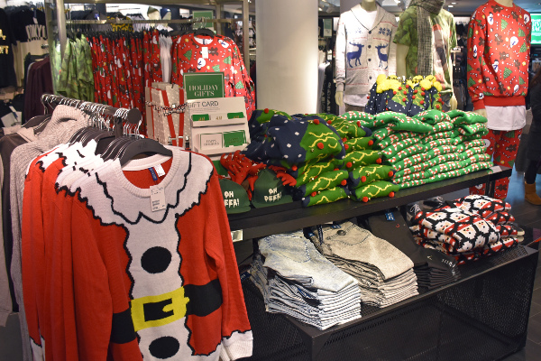 Why the 'ugly Christmas sweater' is making waves in Deutschland