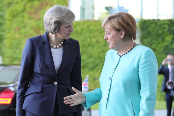 Merkel welcomes May's Brexit 'clarity', vows European unity