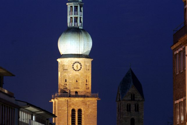 No Breitbart, a Muslim mob didn't set fire to Germany's oldest church