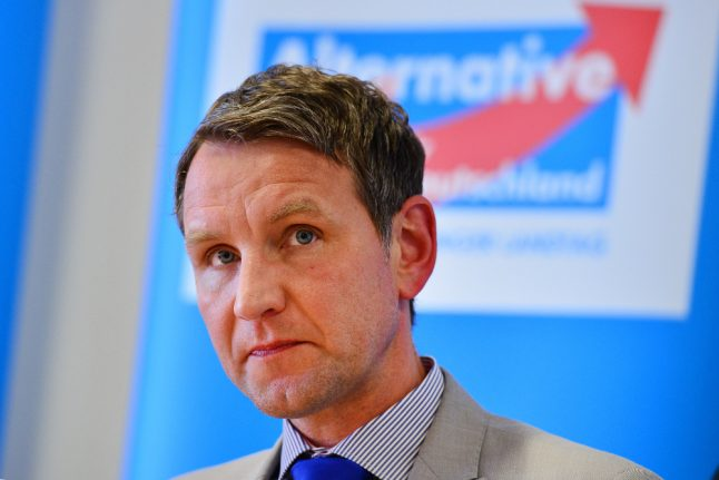 Far-right populist can stay with party, despite controversial Nazi comments