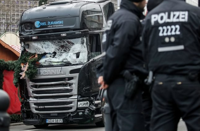 Berlin mayor sends condolences to terror victims – two months late