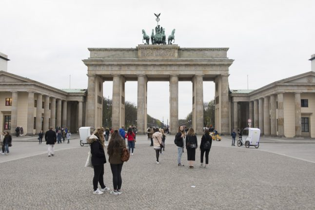 Decision not to light up Brandenburg Gate for Russia terror victims stirs up debate