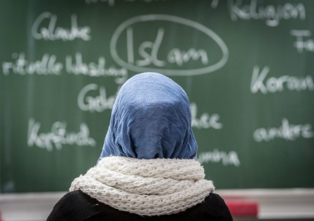 Teacher wins €7,000 compensation after rejection for wearing headscarf