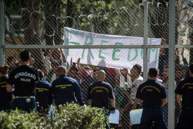Germany stops sending refugees back to Hungary over rights record