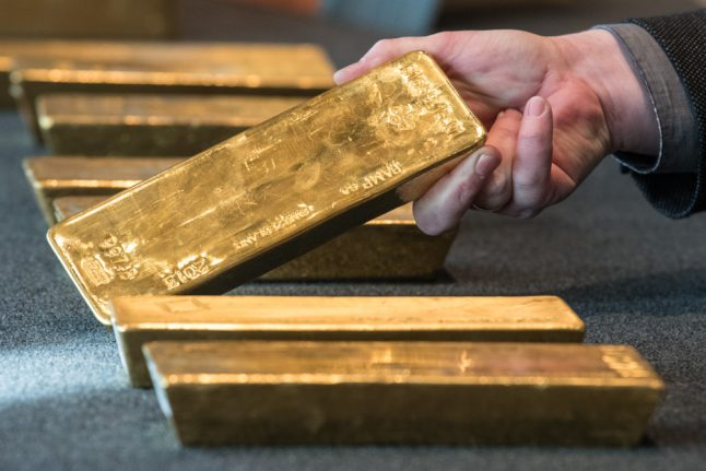 Germany brings all its gold back from Paris to quell conspiracy theories