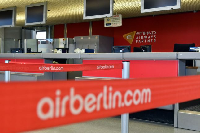 Air Berlin accuses pilots of 'playing with fire' after 100 flights cancelled