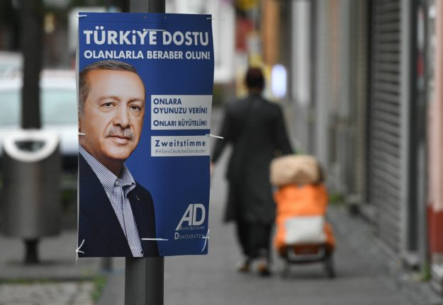 Will Turkish voters listen to Erdogan and try to sabotage Merkel in the elections?