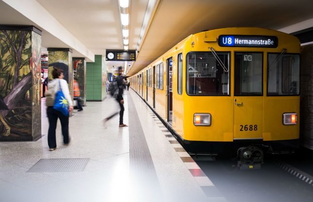 Ticket collectors attacked at Berlin station as crowd eggs on aggressors