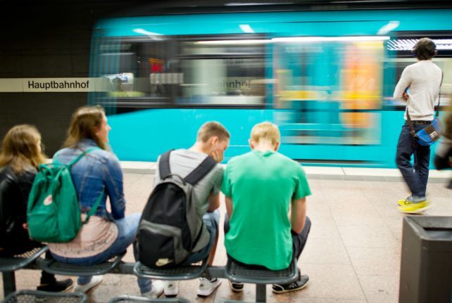 Hesse is making public transport free for all state employees, but tax watchdogs aren't happy