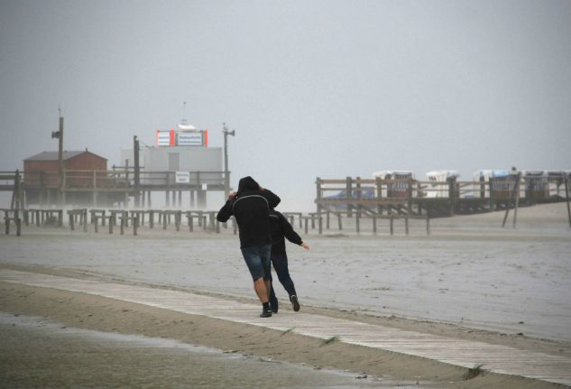 Hurricane force winds to hit north and east Germany on Thursday