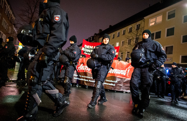 Police fear violence as AfD picks new leaders and protesters rally