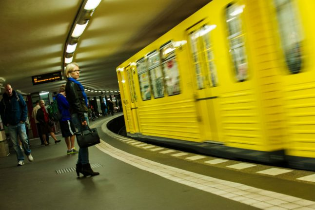 Berlin pensioner threatens woman with gun in attempt to get her train seat