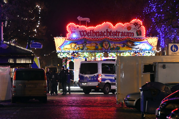 German police: 'Unlikely' that Christmas market was target of bomb scare