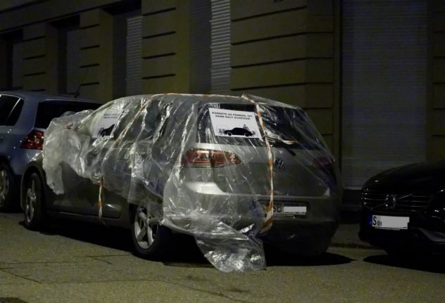 Wrap on the knuckles: the curious way Stuttgarters are deterring selfish parking