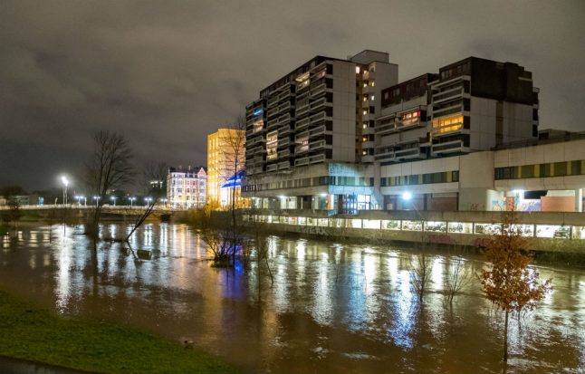Calm after storm 'Burglind' sweeps across Germany