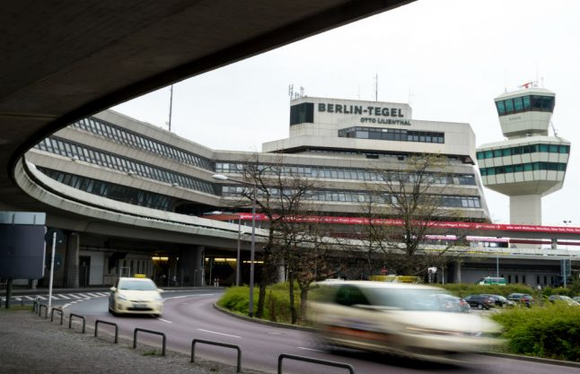 Elderly lady detained for carrying loaded gun at Berlin airport