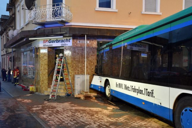 47 injured after school bus crashes into building in Baden-Württemberg