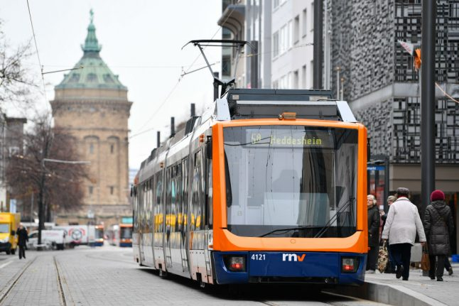 German government plays down 'free public transport' plan