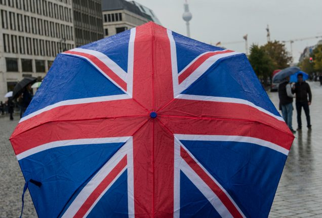 Long-term Brits in Germany to get back vote, as London vows end to time limit