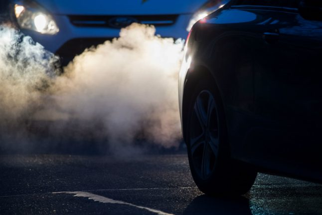 Fumes from diesel engines 'killing thousands of Germans every year'