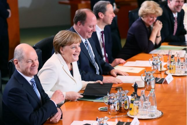 Do you know Merkel's cabinet better than the Germans?