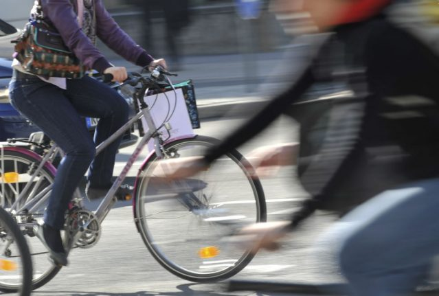 10 important rules and tips for cycling safely on German streets