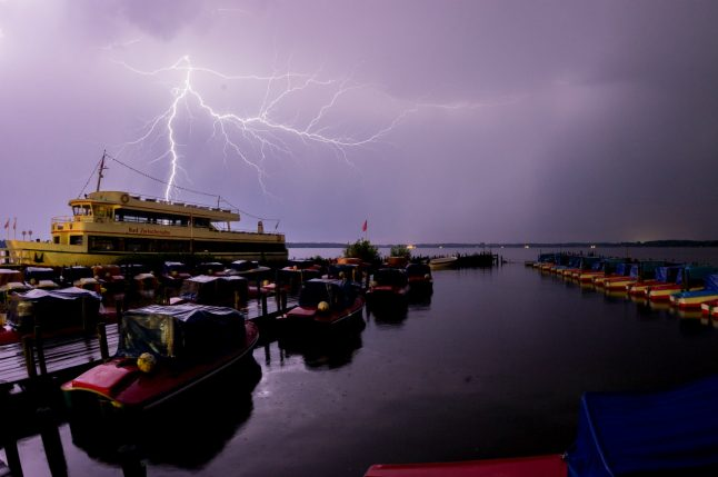 'It's going to get loud': heavy storms set to hit Berlin and other cities