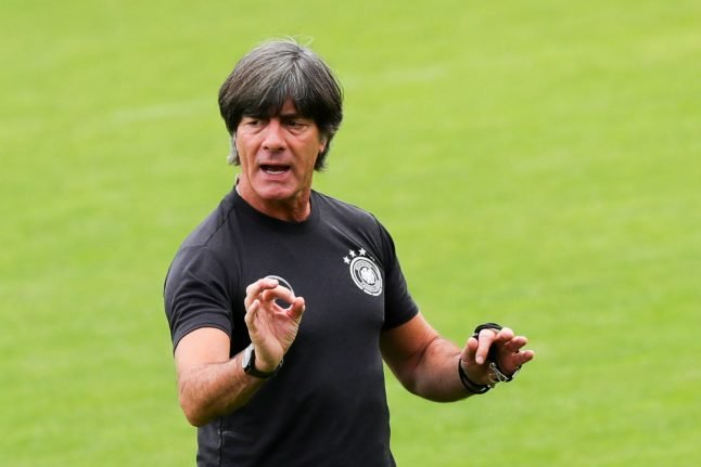 Löw to stay on as Germany coach after World Cup humiliation