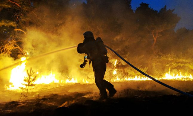 Stormy weather and fires cause mayhem throughout Germany