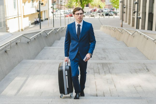 Employers must pay for travel time on the job, German court rules
