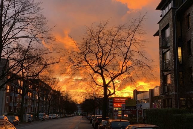 Hamburg man makes emergency call after mistaking sunset for fire