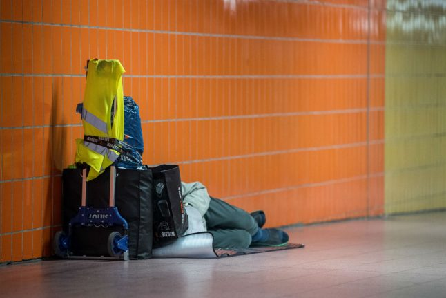 U-Bahn stations, containers, hotels: How Germany helps the homeless in winter