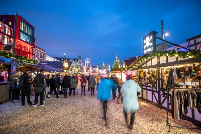 German church complains Christmas markets open too early