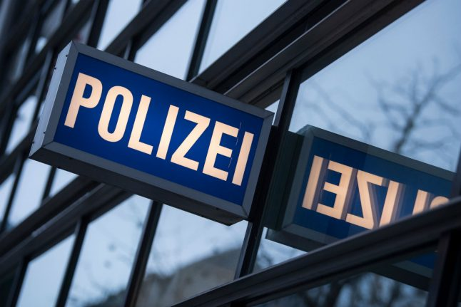 German policeman seriously hurt as radical left storms AfD event