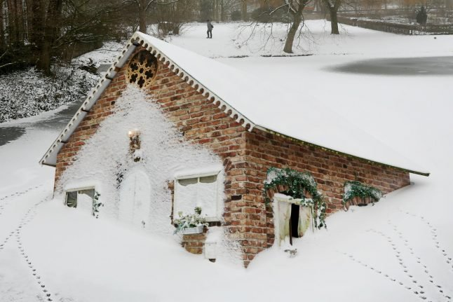 Why this house in western Germany is sinking in the snow