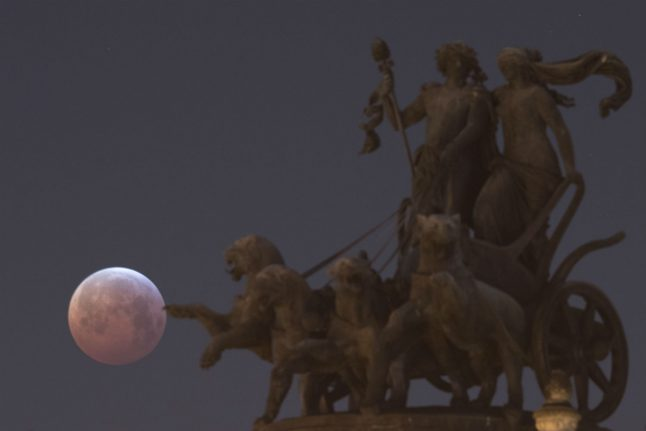 IN PHOTOS: The 'blood moon' seen throughout Germany