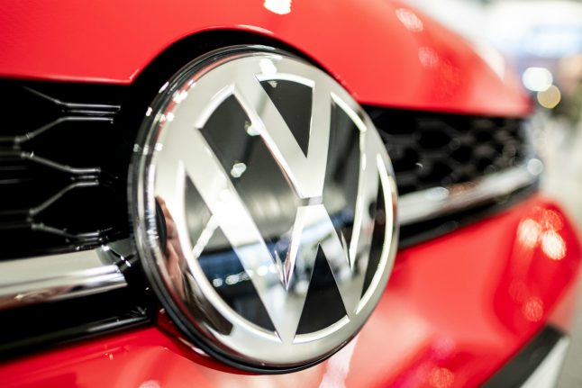 372,000 German drivers join legal action against Volkswagen