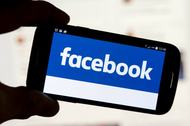 German competition watchdog set to crack down on Facebook data gathering