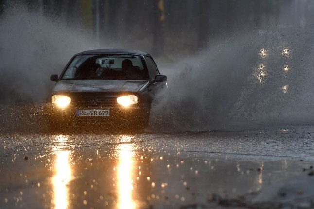 Thunderstorms and snow forecast for Germany as cold front moves in