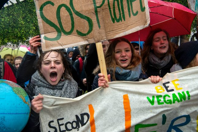 Teen activists shake up politics in ageing Germany