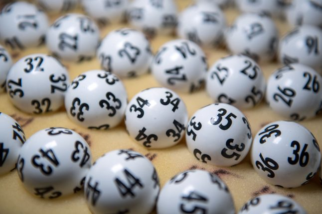 Nearly 300 extra winners and €450,000 bill after German lottery employee error
