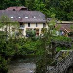 Update: Two more bodies found after mystery crossbow deaths in Bavarian hotel