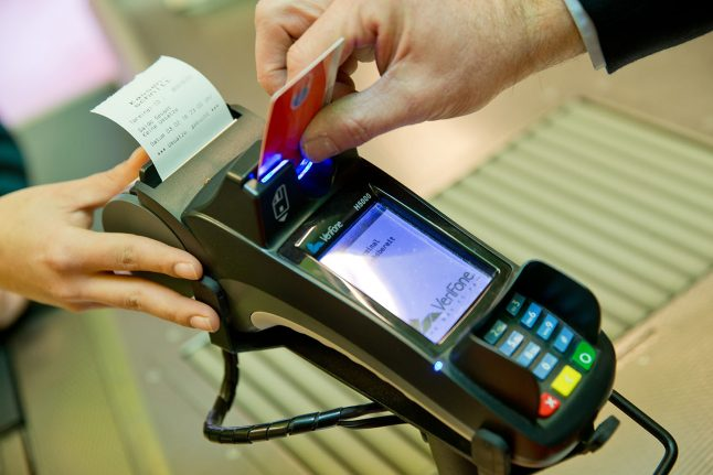 Card payments outstrip cash for first time in Germany