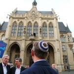 Germany changes course on warning against wearing kippa