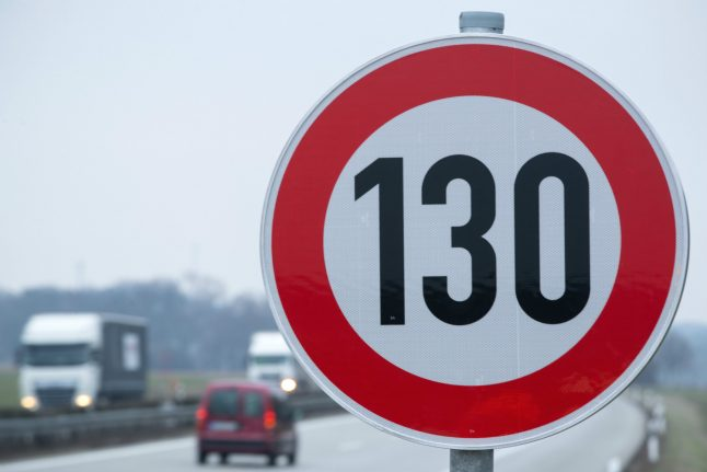 Greens call for speed limit on Germany's Autobahn